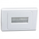 Flush Wall Plate with Brushed Entry for Cables (Thumbnail )